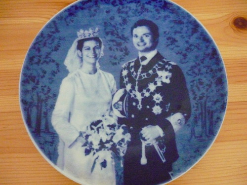 King and Queen wedding plate from 1974