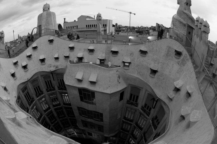 Gaudi curves BW