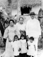 Chamorro Family, 1902