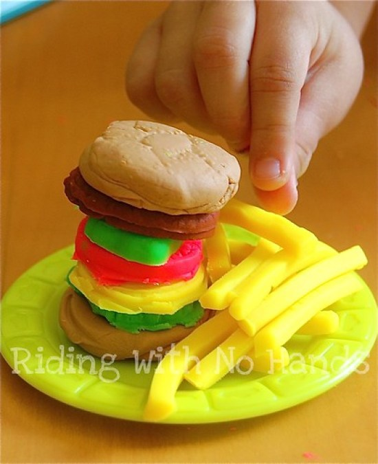 Product Review: Play-Doh Burger Builder