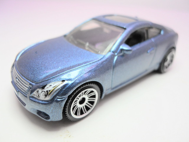 matchbox infinity G37 coupe (2)