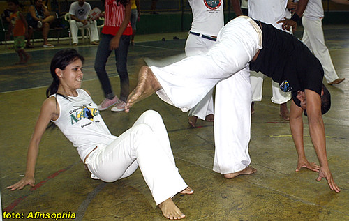 Capoeira Raízes 21 por você.