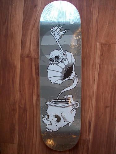 The Music skateboard - Jeremy Fish x Pushead