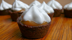 Chocolate Tartlets with Dulce de Leche and Mar...