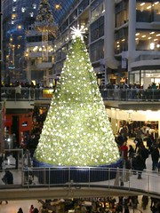 Eaton Centre crystal tree