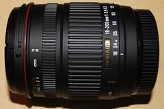 シグマ 18-200mm F3.5-6.3 DC