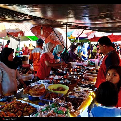 food stall at tamu kinarut
