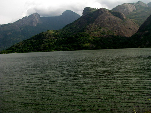 View from Azhiyar dam