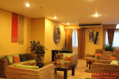 Microtel Davao Lobby