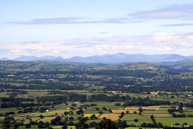 Snowdon Range to the west.
