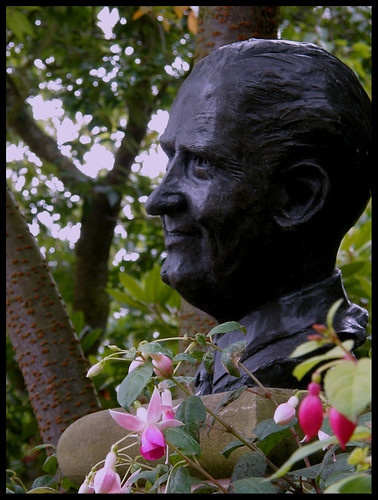 Dingle Garden, Percy Thrower