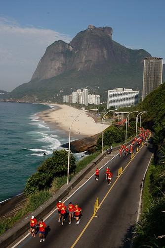 Av. Niemeyer