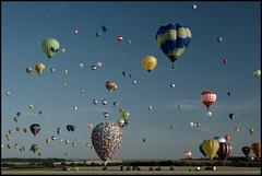 329 Balloons