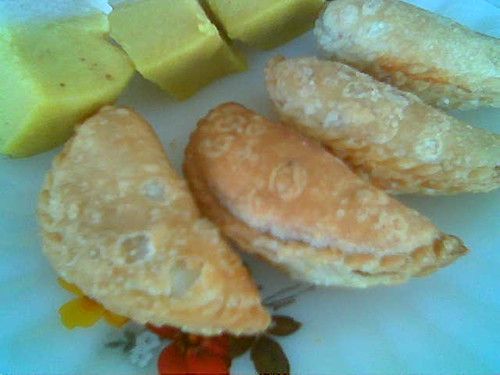 Bandong's curry puffs