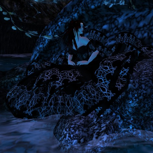 Isolde Rhapsody Entry Midnight