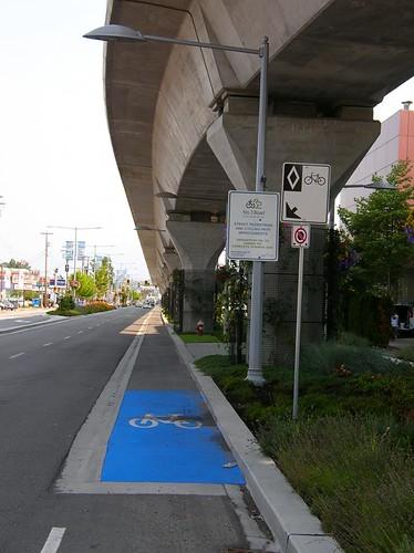 No 3 Road at Cambie nb bike lane