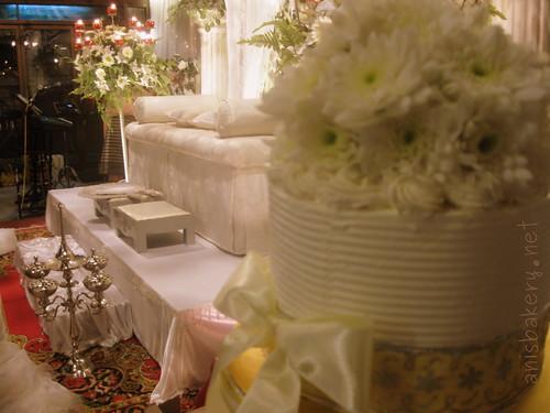 3 tiers wedding cakes - Tini & Hafiz