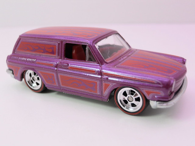 hot wheels garage '69 custom volkswagen squareback (3)