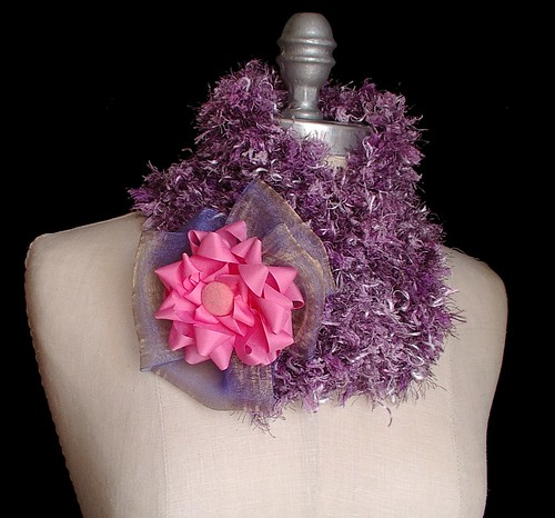 neck warmer with brooch closure