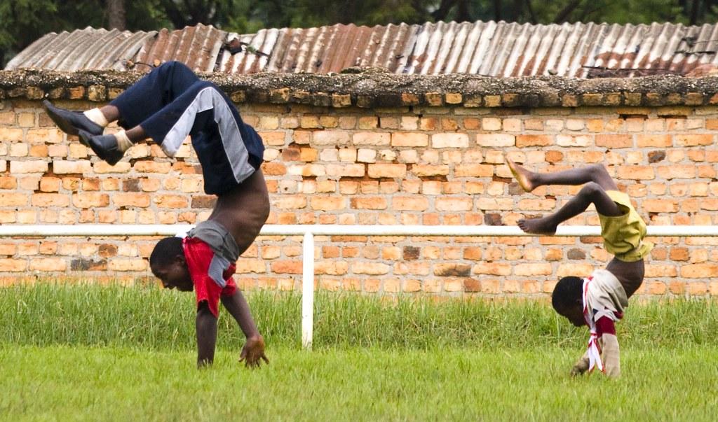 Acrobatics - scorpion style!