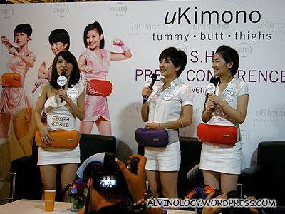 S.H.E with their uKimono