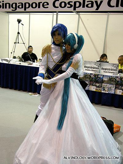 Couple cosplayers