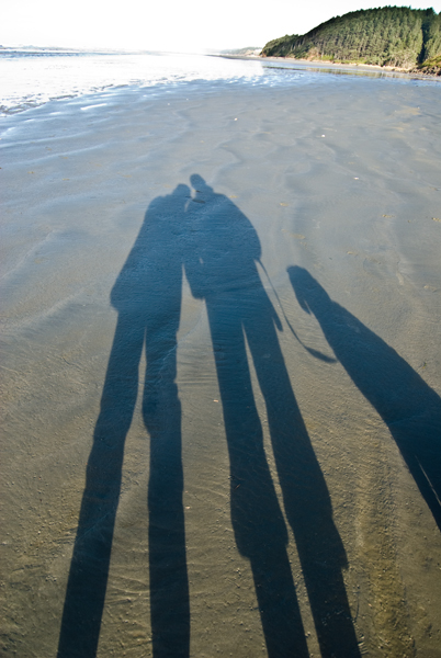 Teri & Ken & Luna at the beach