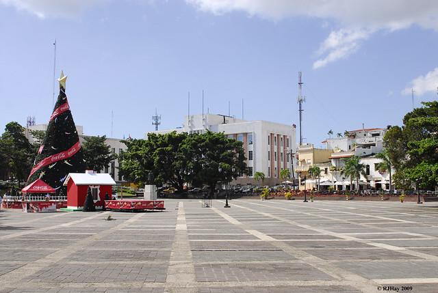 A sign of Christmas season in the Plaza de Espana, Colonial Zone, Santo Domingo, Dominican Republic