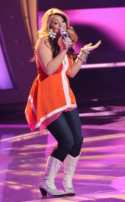 perform_3_20110518_1674525199