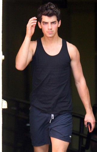 joe-jonas-sexy-haircut-picture por dtodoblog.