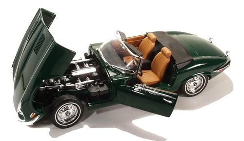 Yatming Jaguar E