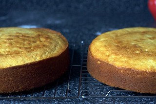 yellow cake layers, cooling