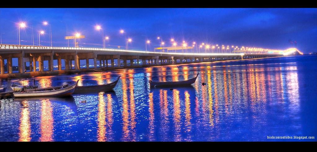 penang bridge night