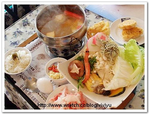 [美食.台中]普羅旺斯庭園餐廳~與豬豬為伍 @VIVIYU小世界
