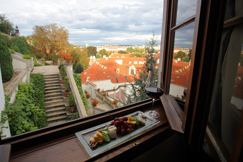 Golden Well Hotel - View over the Baroque Ledeburg Gardens