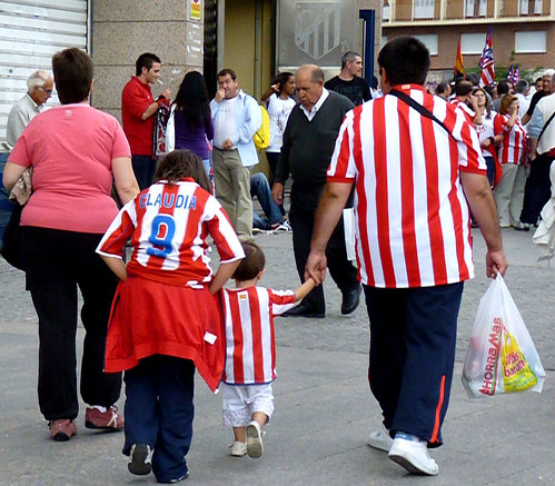 Atleti family on excursion to the stadium