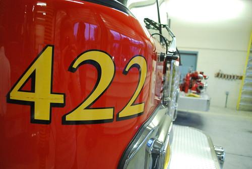 Engine 422