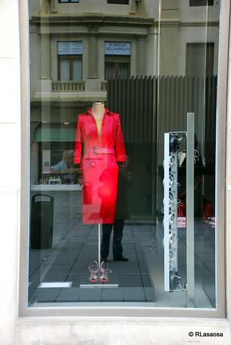 Escaparate de Roberto Verino, tienda de ropa de hombre y mujer en la Avenida de Carlos III