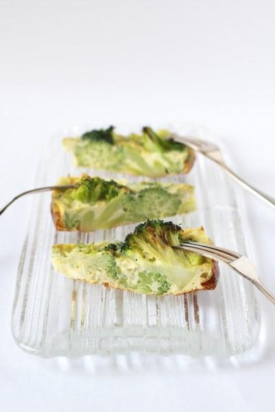 Frittata ai broccoli e feta