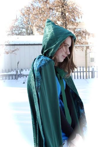 Green cape, edge lining
