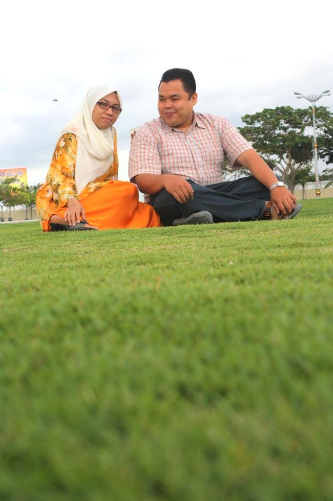 atas rumput yg green