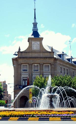 Edificio de la Delegación del Gobierno en Navarra, antiguo Gobierno Civil, en la Plaza de las Merindades.