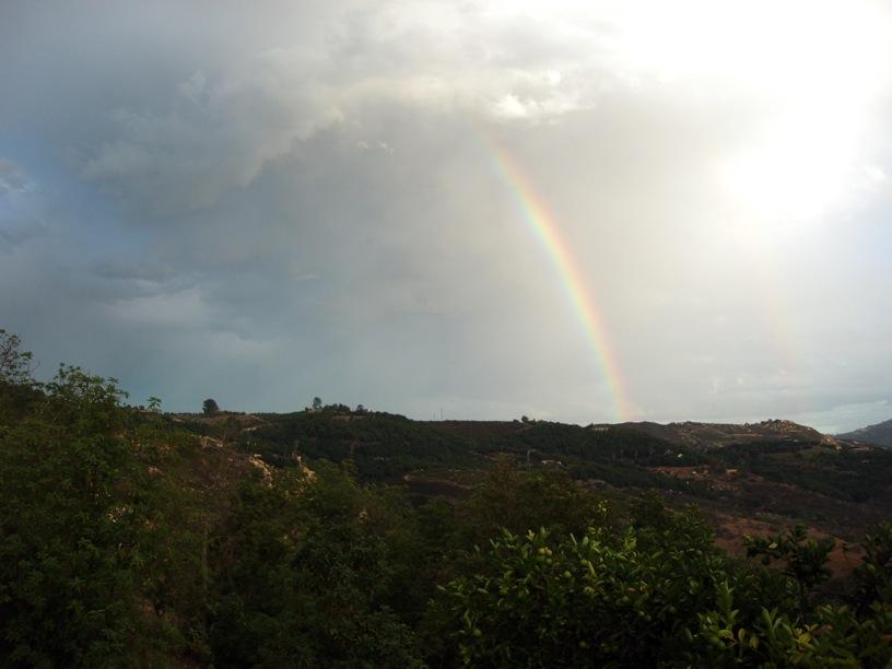sukkot_rainbow.jpg