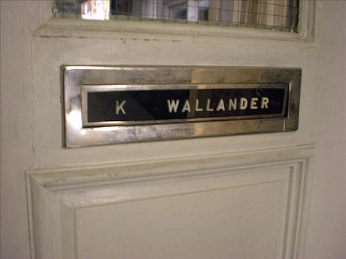 Wallanders lägenhetsdörr