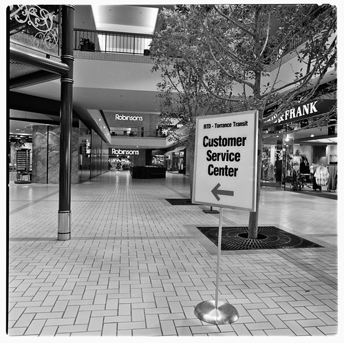 SCRTD - Del Amo Customer Service Center RTD_1119_13