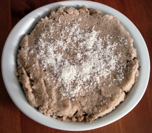Raw Coconut Cream Pie