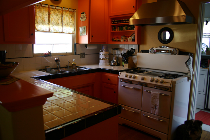 kitchen-in-orange