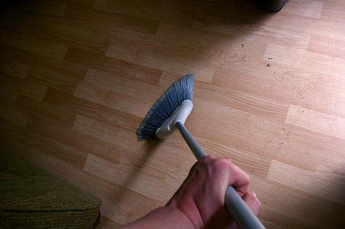 How to sweep the floor