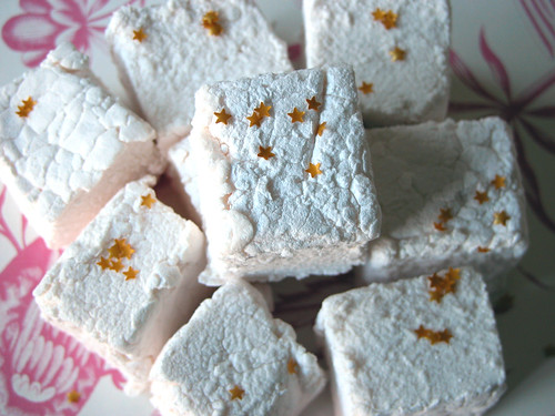 Starry Halloween marshmallows