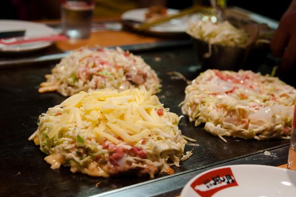 Kansai style okonomiyaki
